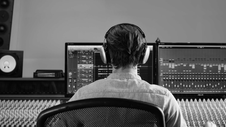 beyerdynamic Blog Monitoring DT 880 PRO Studio Header
