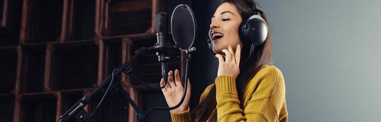 Studio DT 770 PRO Sängerin