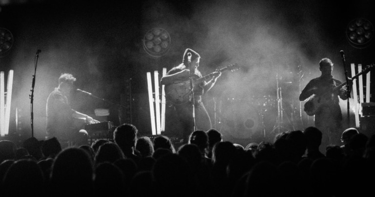 beyerdynamic artist Mighty Oak mit Sänger Ian Hooper on Tour